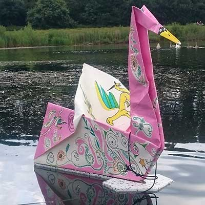 swan 200 by bread art collective